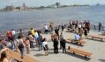 Veřejné molo Race Street Pier ve městě Philadelphia od Field Operations
