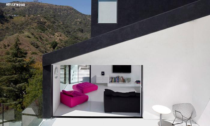 Minimalistický dům Nakahouse vyhlíží naHollywood