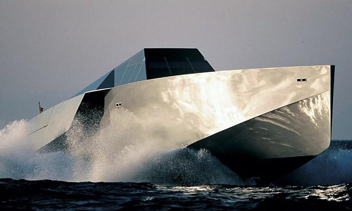 Wally ukázala minimalistickou sportovní jachtu 118