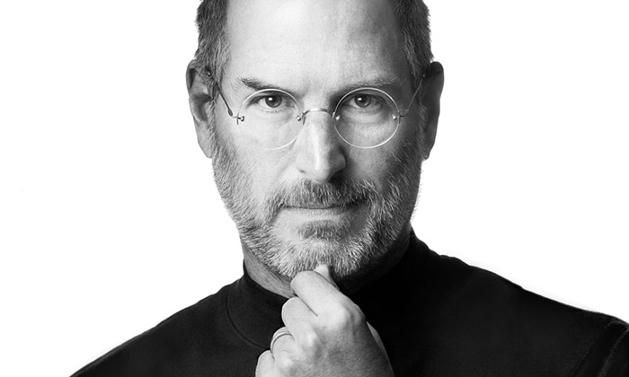 Zemřel zakladatel Apple avizionář Steve Jobs