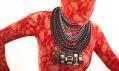 Dana Bezděková a její nové šperky vystavené v rámci přehlídky Designblok 2011