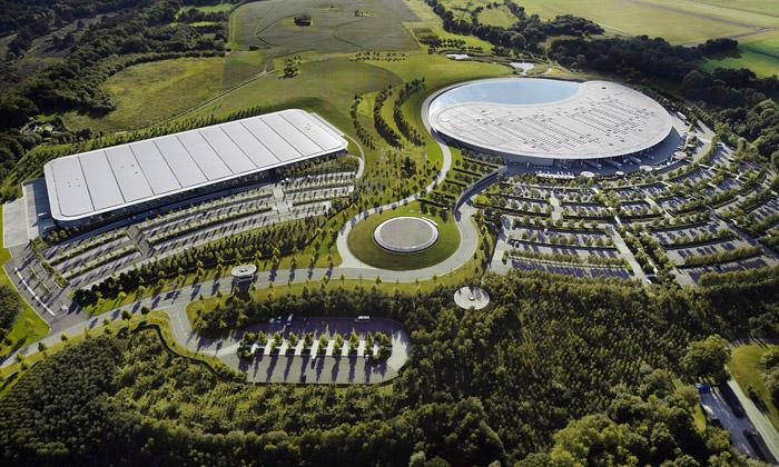 Foster postavil automobilku nasporťáky McLaren