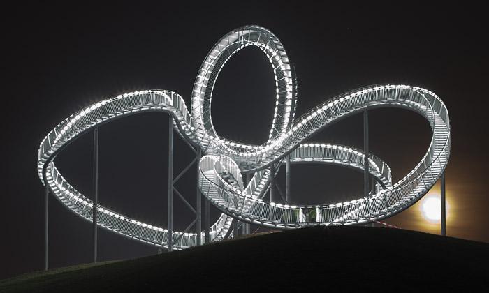 Největší německá socha jehorská dráha ze schodů