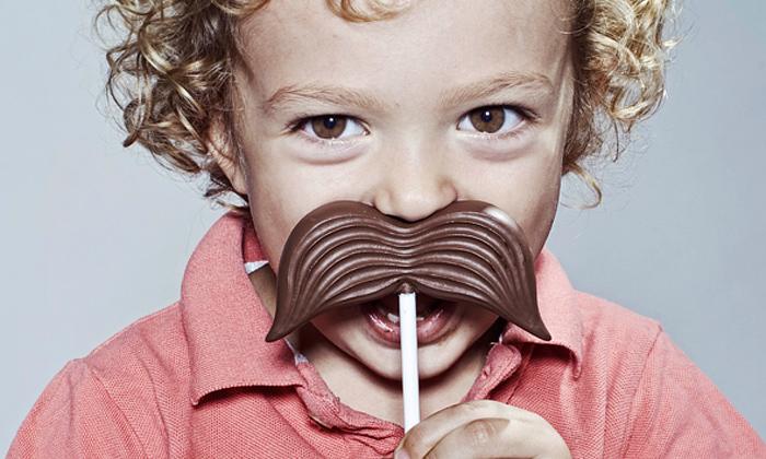 Chocolat Factory uvádí čokoládová lízátka jako kníry