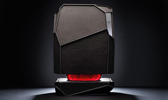 Arik Levy navrhl pro Hennessy box tvaru kamene