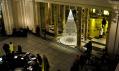 Vánoční strom v muzeu Victoria & Albert od Studio Roso