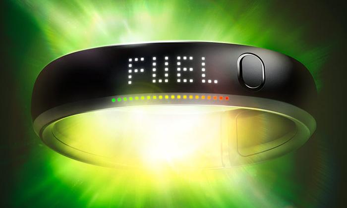 Digitální náramek Nike+ FuelBand změří sportovce