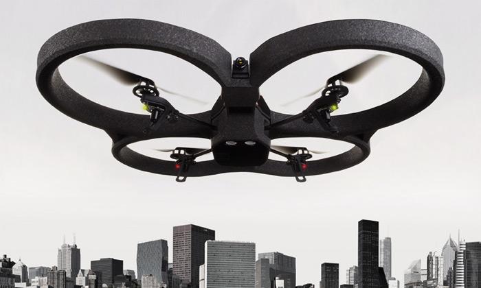 Mobilní helikoptéra AR.Drone 2.0 natáčí videa vHD