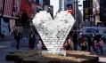 Valentýnské srdce na Times Square v roce 2010