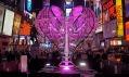 Valentýnské srdce na Times Square v roce 2009