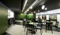 Zrekonstruovaný kinobar Aero v kině Aero od A1 Architects