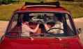 Legendární malé vozidlo Renault 5 na historických fotografiích