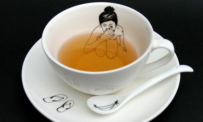 Esther Hörchner navrhla nestydatý dívčí čajový set