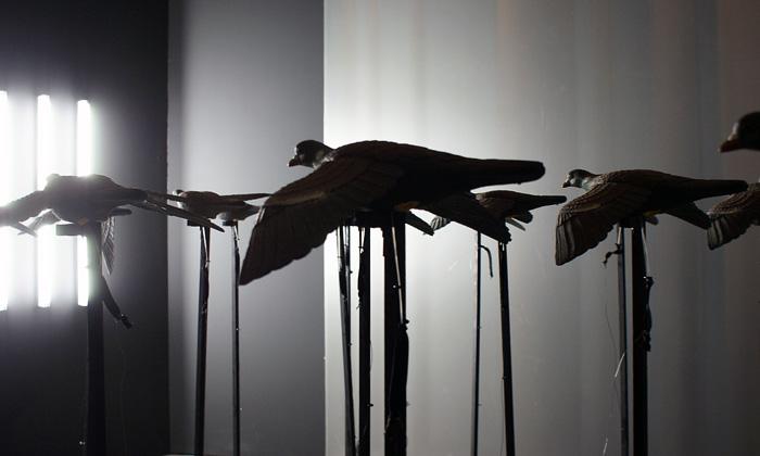Ukázka z pařížské výstavy Bêtes Off v Conciergerie