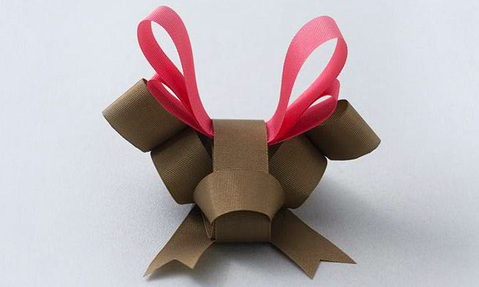 Baku Maeda vytváří luxusní zvířecí origami ze stuhy