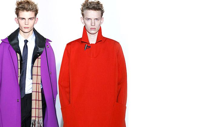 Raf Simons vpravo a jeho zimní modely