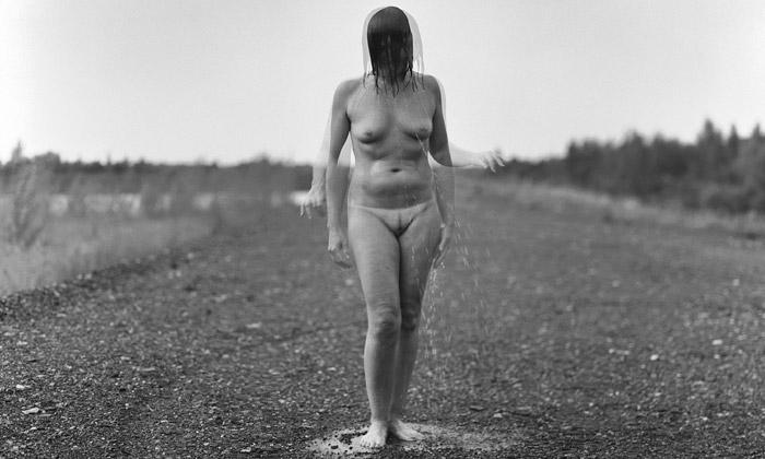 Ukázky fotografií z knihy Slečny o neprovdaných ženách u nás