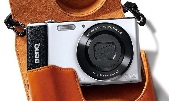 BenQ má ultratenký foťák G1 svýklopným displejem