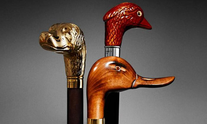 Burberry má sérii deštníků zdobenou hlavami zvířat