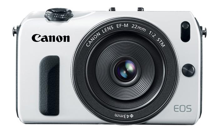 Canon přichází sdotykovou bezzrcadlovkou EOS M