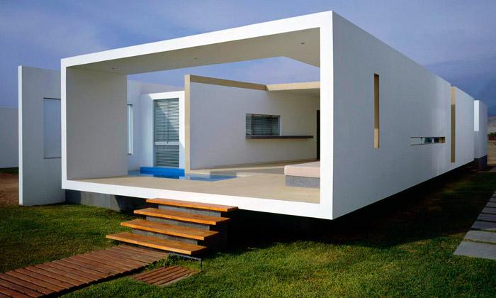 Na pláži vLimě stojí otevřený minimalistický dům