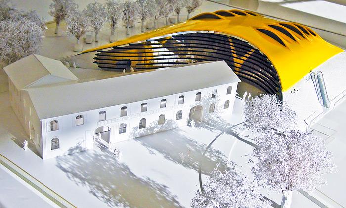 Výstava Museo Casa Enzo Ferrari od Jana Kaplického v Galerii Zdeněk Sklenář
