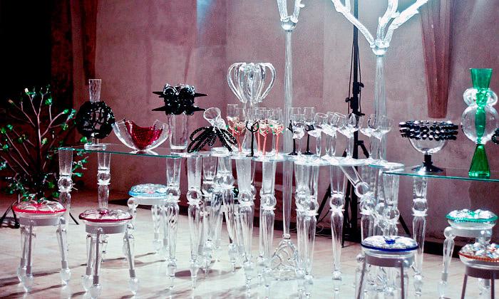 Ukázka z výstavy Generace ve skle Roubíčka a Šípka v Praze