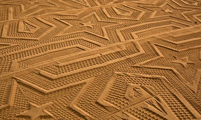 Španělská pláž Laga má vpísku hvězdné ornamenty