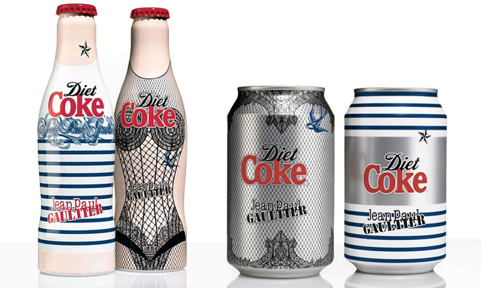 Jean Paul Gaultier navrhl módní obaly Coca-Cola