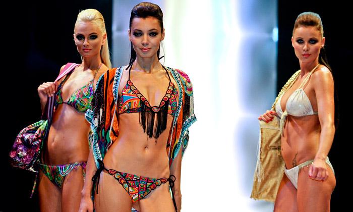 Styl aKabo ukázal spodní prádlo imódní designéry