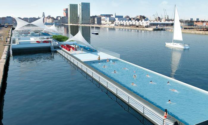 V Antverpách mají největší plovoucí bazén nasvětě