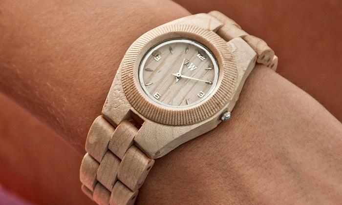 Stylové dřevěné hodinky WeWood přichází doČeska