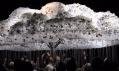 Umělecká instalace Cloud postavená ze 6 000 žárovek
