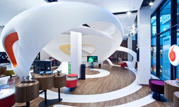 Vodafone otevřel vOstravě futuristickou prodejnu