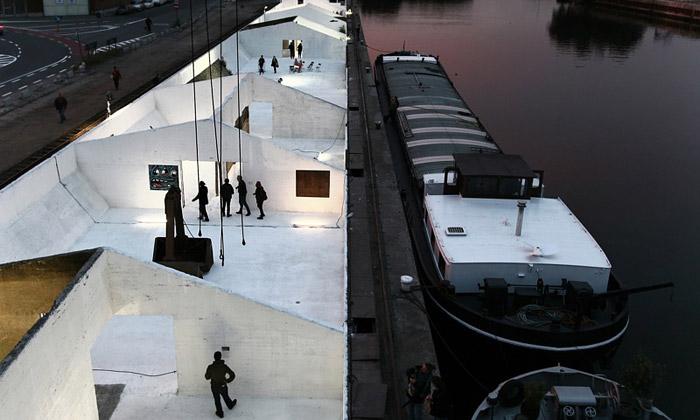 V belgickém Gentu předělali doky nabílou galerii
