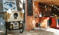 Dočasná kavárna MVMNT Café v Londýně