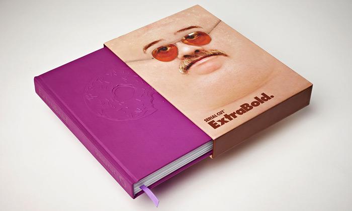 Kniha ExtraBold od španělského studia Serial Cut