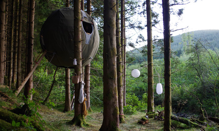 Luminair postavili první stan nastromě Tree Tent
