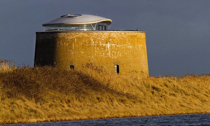 Stará obranná věž vAnglii přestavěna nabydlení