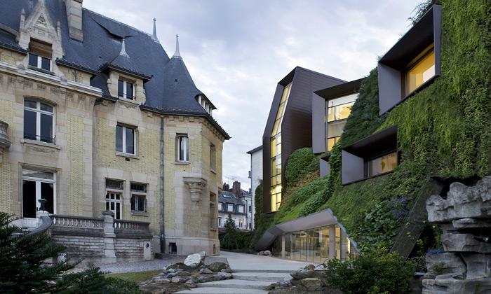 Francie postavila zelené křídlo hospodářské komory