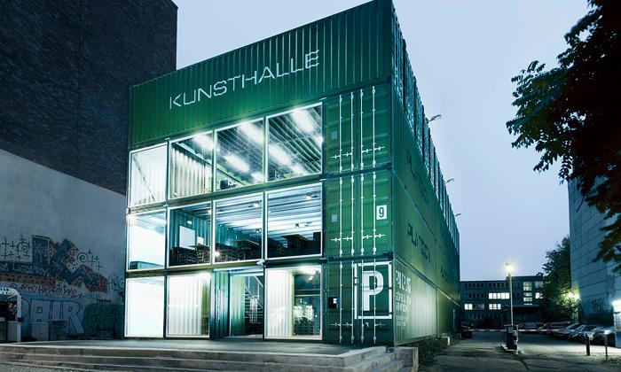 Berlín postavil kulturní centrum ze 40 kontejnerů