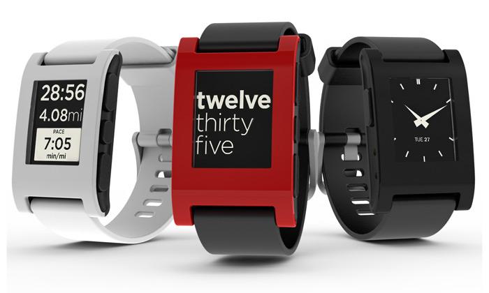 Chytré hodinky Pebble s displejem z elektronického papíru