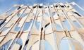 Nádvoří MoMA PS1 v roce 2013 jako Party Wall od Coda