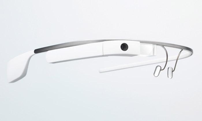 Google vydává první edici chytrých brýlí Glass