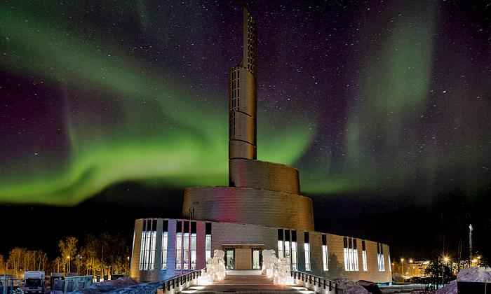 Norské město Alta postavilo Katedrálu polární záře