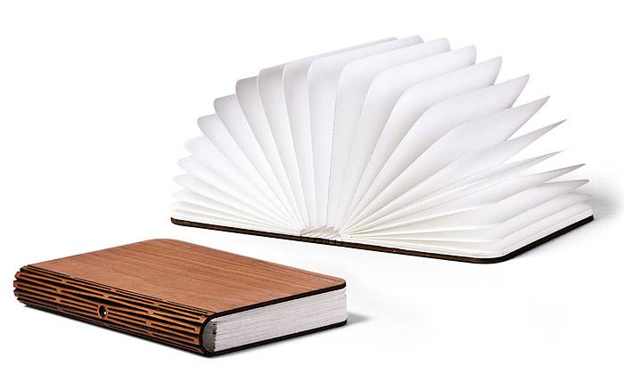Kniha Lumio jako bezdrátové LED světlo