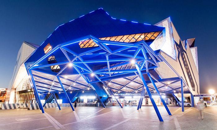 Perth má novou multifunkční arénu jako 3D puzzle