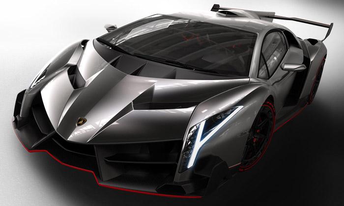 Lamborghini slaví 50 let výjimečným vozem Veneno