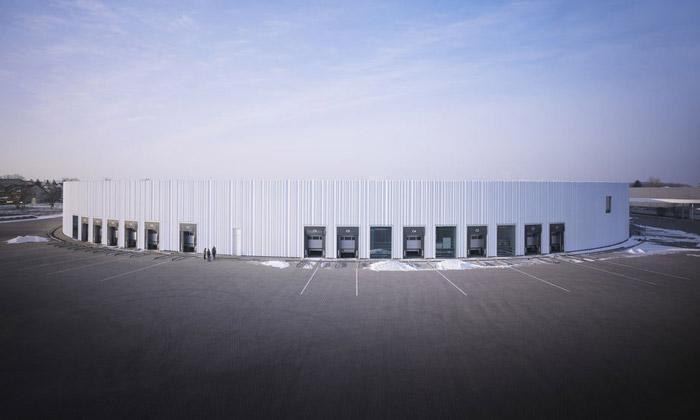 SANAA a jejich Factory Building v areálu značky Vitra