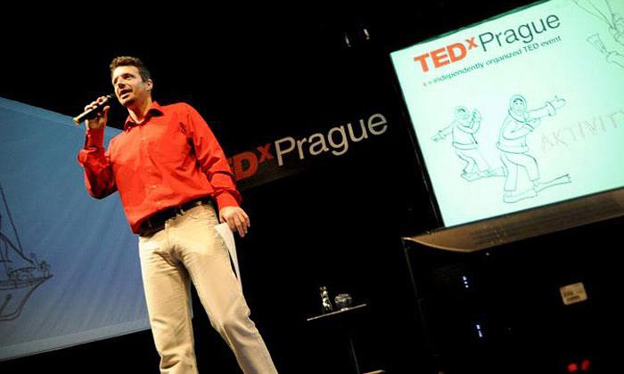 TEDxPrague představí umělce iplášť neviditelnosti